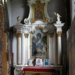 Ołtarz Matki Boskiej Różańcowej przed remontem