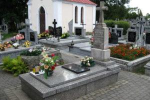 Grób Julianny Wyszyńskiej, matki Prymasa Tysiąclecia
