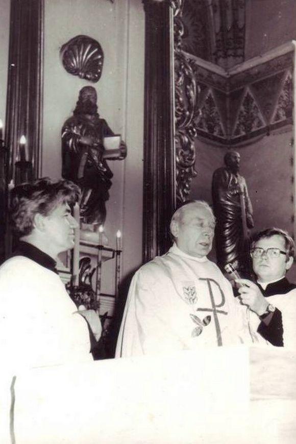 Kardynał Wyszyński przemawiając wkościele wspominał lata swojego pobytu wAndrzejewie