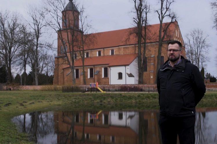Kadr z filmu TV Trwam: Wyszyński - historia, odc. 2: Andrzejewo i Włocławek