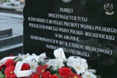 """Kadr z filmu Stowarzyszenia Wizna 1939 """"Paproć i Pęchratka 1920 – jak odkryliśmy bolszewicką zbrodnię..."""""""